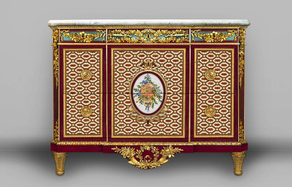 A digital reconstruction of a marquetry chest of drawers