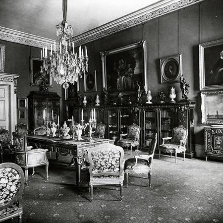John Thomson Photograph, Large Drawing Room.jpg